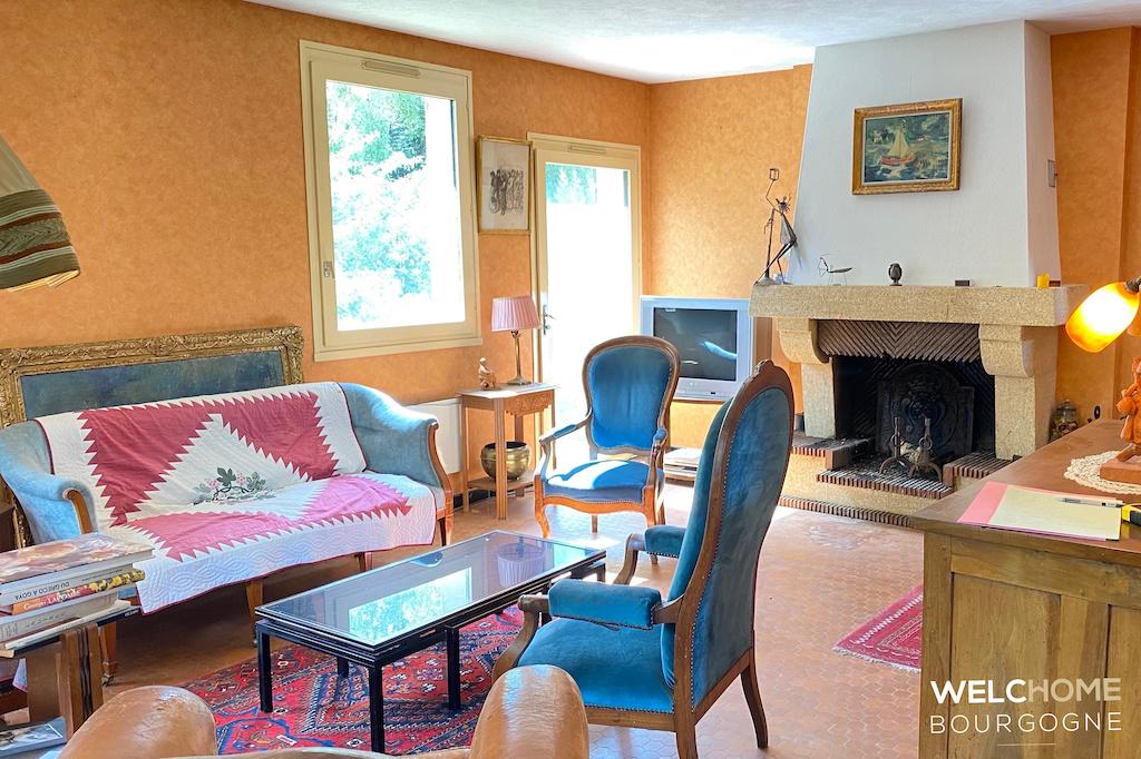 359 – Villa à Givry